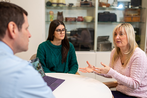 Dr. Carolyn McGregor, Professor, Faculty of Business and Information Technology (right) is the Inaugural Research Chair in Artificial Intelligence (AI) for Health and Wellness at Ontario Shores Centre for Mental Health Sciences. With Tim Pauley, Director, Research and Academics, Ontario Shores (left) and Elaina Niciforos, Research and Academics co-op student, Ontario Shores (centre).
