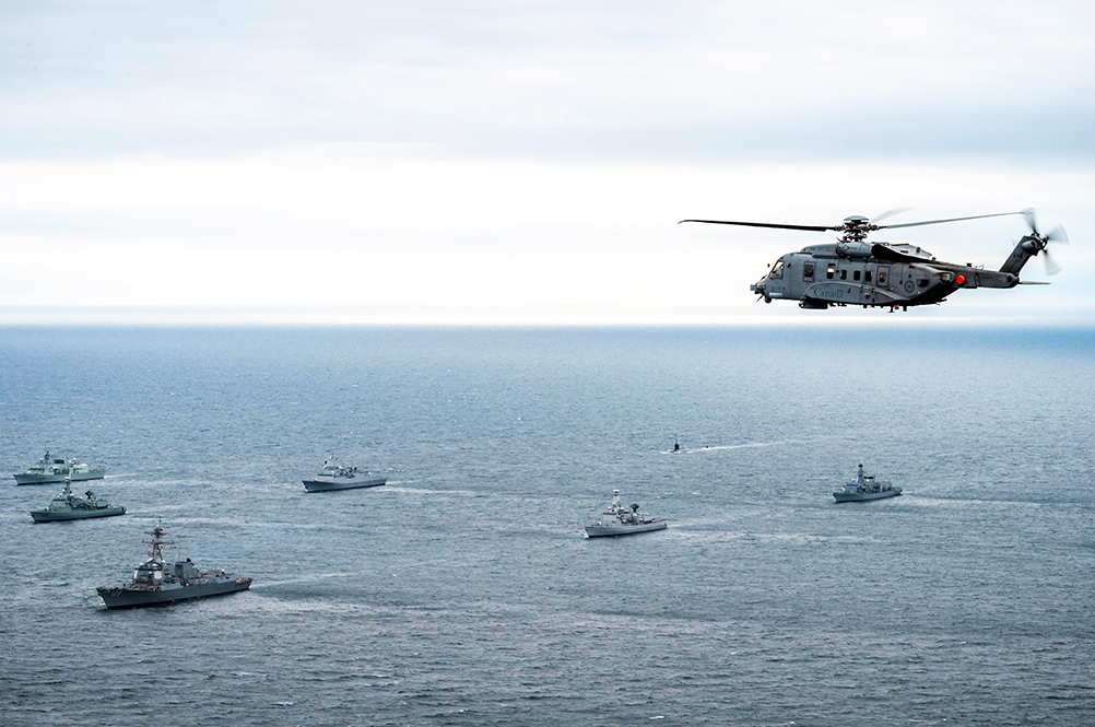 Canadian military image depicting naval exercise (source: Combat Camera)