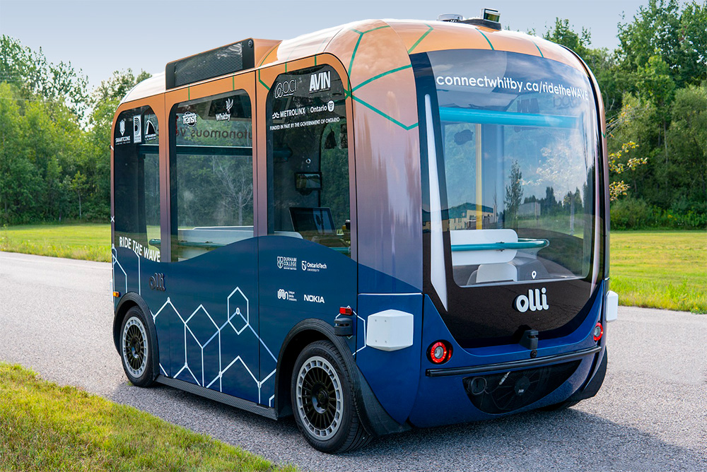 Whitby Autonomous Vehicle Electric shuttle, near the Town of Whitby lakefront.